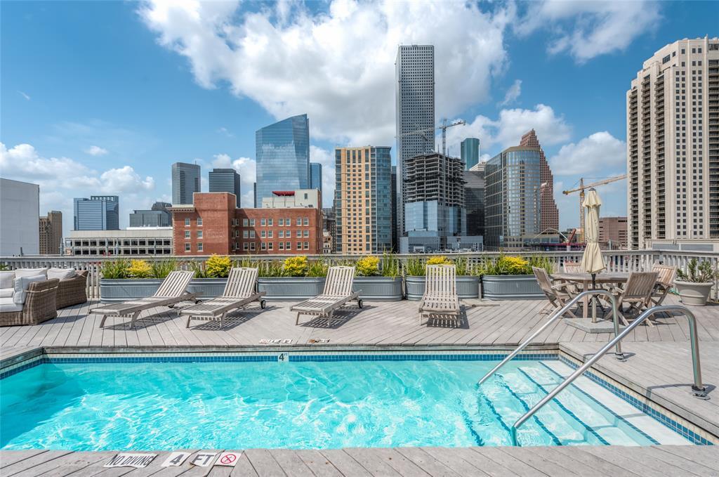 915 Franklin Street, Houston, Texas 77002, 1 Bedroom Bedrooms, 4 Rooms Rooms,2 BathroomsBathrooms,Rental,For Rent,BAYOU LOFTS,Franklin,33240004