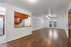 6663 Bayou Glen Road, Houston, TX 77057