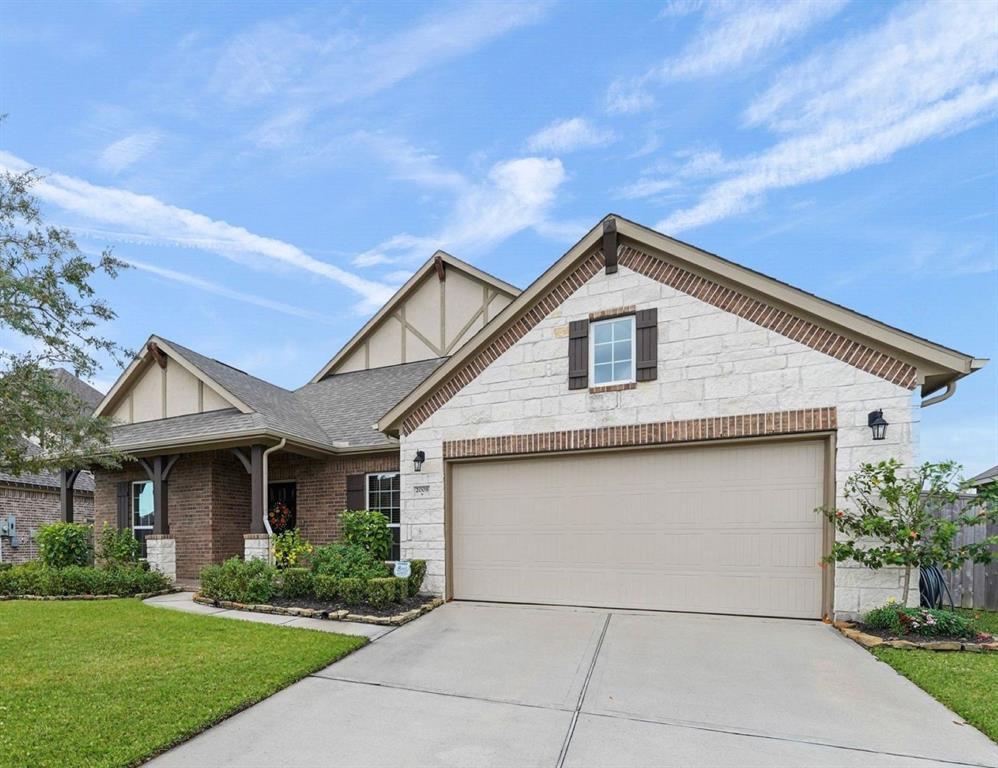 2008 Pleasant Springs Lane, Pearland, Texas 77089, 4 Bedrooms Bedrooms, 16 Rooms Rooms,3 BathroomsBathrooms,Single-family,For Sale,Pleasant Springs,68182390