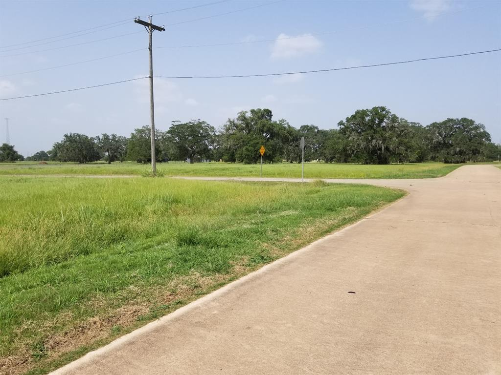 This BEAUTIFUL Subdivision filled with custom built homes has 2 Swimming Pools, 2 Boat Ramps, a Clubhouse, and 2 Pavilions. There is a Basketball Court and 4 tennis courts on the property as well. This subdivision is the home of 2 lakes and features Campgrounds, Picnic Areas, and a Lakehouse. This property is at the entrance of the subdivision which is an added plus.