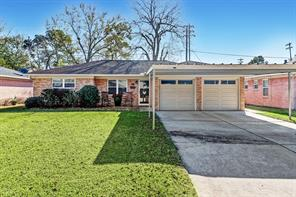 871 Sara Rose, Houston, TX, 77018