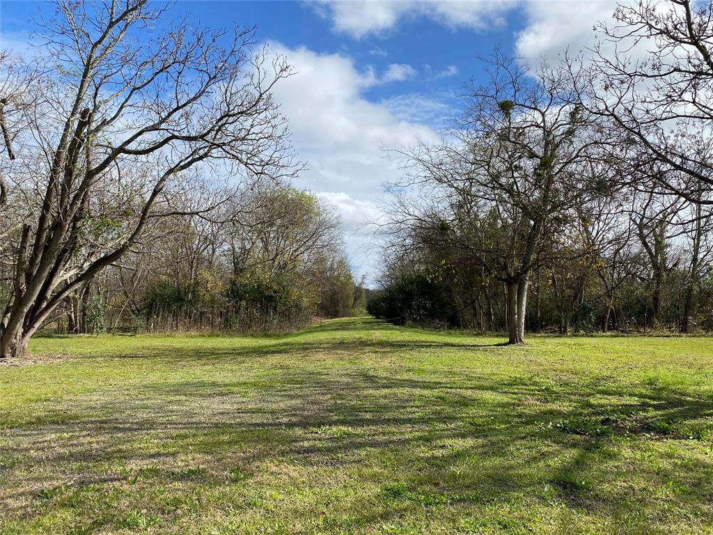 10 acres......... 2, 5 acre tracts with NO Restrictions! BUILD WHAT YOU WANT. Down the street from Historic Downtown Rosenberg. 2 Tax ID numbers  0083-00-000-0021 904th st  0083-00-000-0020 904th st