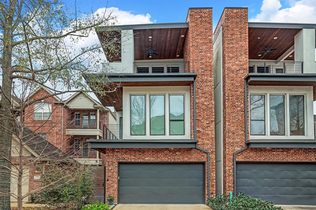 3905 Floyd Street, Houston, Texas 77007, 4 Bedrooms Bedrooms, 10 Rooms Rooms,3 BathroomsBathrooms,Single-family,For Sale,Floyd,2927265