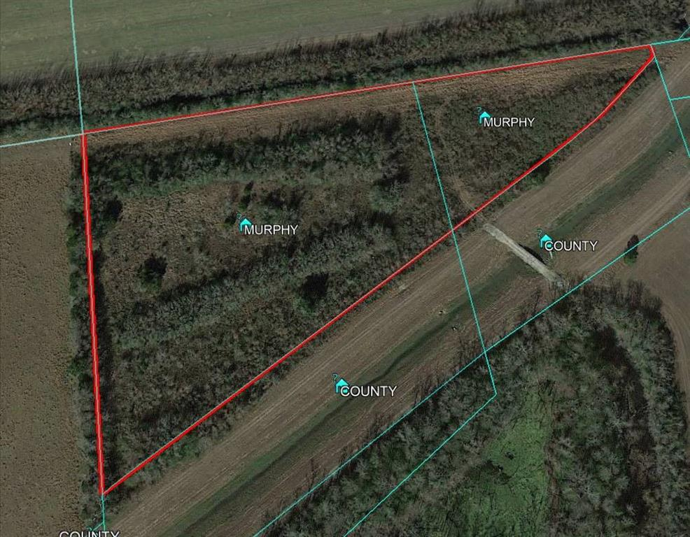 5.61 acres +/- landlocked parcel with access from frontage of E Wallisville Road. Accessible only via foot through small bridge over drainage channel. The property is located just outside Baytown City Limits and with no restrictions or zoning. This investment grade property is included into Baytown's Extra Territorial Jurisdiction (E.T.J.) with many commercial possibilities. There are proposed and current existing developments for Park Area and Goose Creek Memorial High School expansions. National builders such as D.R.Horton, Castle Rock & Beazer Homes has new build communities being developed nearby and many more are planned. The property is being sold for land value.