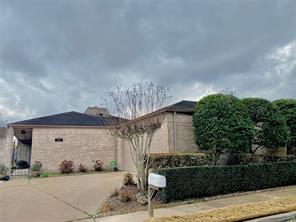 14127 Stokesmount, Houston, TX 77077