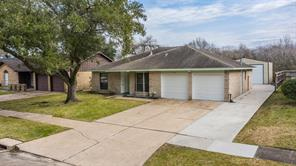 10102 Kirkglen Drive, Houston, TX 77089