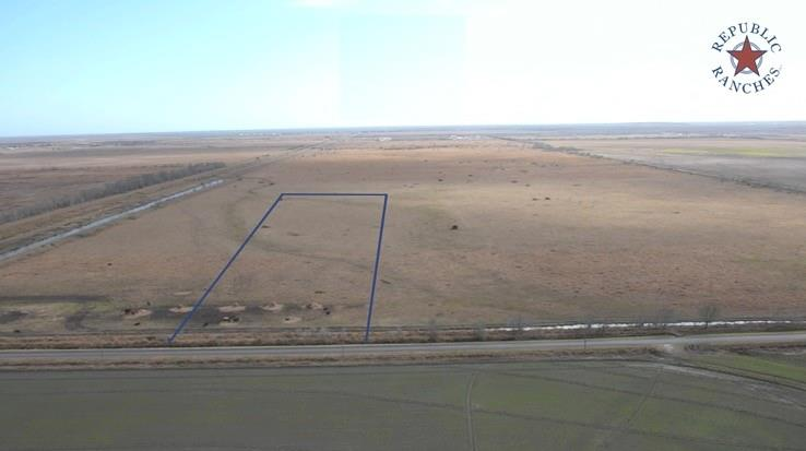This is hard to find acreage in fast-growing Brazoria County. It is located about an hour from downtown Houston and Galveston, while still offering nice, quiet, peaceful, country living setting.  Acreage:  We are selling four 10-acre contiguous tracts; purchase as few as 10, or as many as 40 acres. Habitat: Open pasture with no structures.  Agriculture: Former rice farm but grazed with cattle in recent years. Property is taxed at agriculture valuation and agriculture tax rate.  Wildlife & Hunting/Fishing: Hunting is permitted. Property is located in a very popular migratory bird hunting area. White-tailed deer and feral hogs are also found, and hunted, on nearby property.  Whether you're looking for saltwater or freshwater fishing, great fishing can be found close by.  Improvements: None  Water: None, no water wells and no water features.  Minerals: Surface only, no minerals and no production.