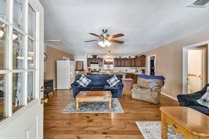 2732-A Upper Leggett, Livingston, TX, 77351