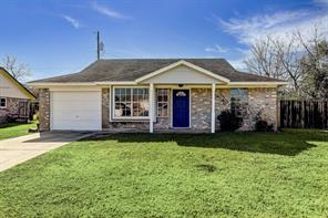 200 Laurie, Angleton, TX, 77515