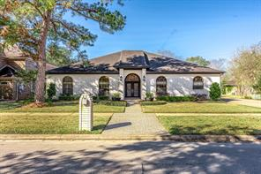 3026 Country Club Drive, Pearland, TX 77581