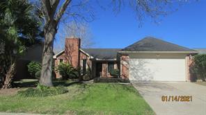 4815 Meadowglen Drive, Pearland, TX 77584