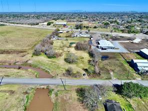 434 McKeever Road, Arcola, TX 77583