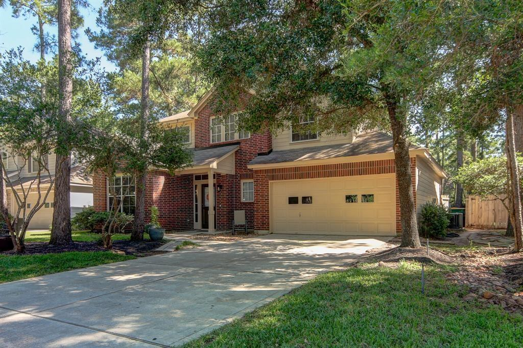 Beautiful home nestled in the back of The Woodlands. Great School district with spacious yard, garage and living areas. CHECK out our virtual tour for an online walk through of the house.