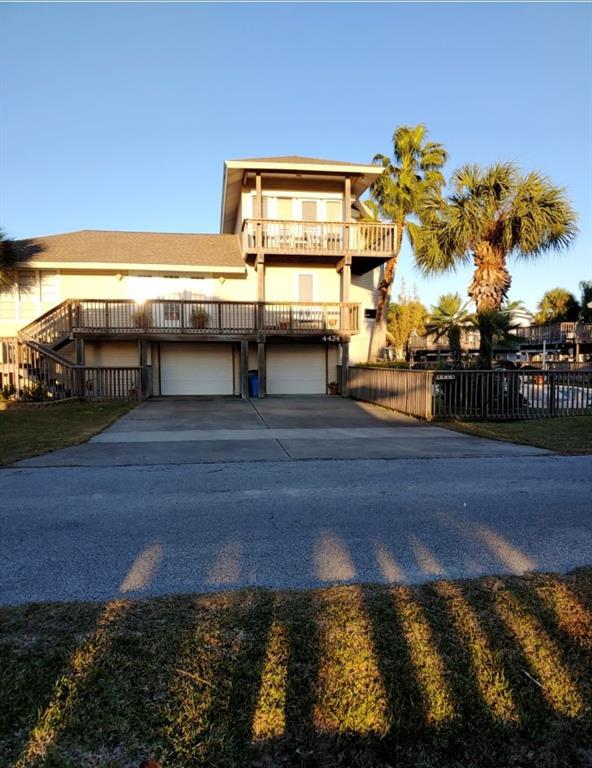 4424 Pelican Way, Jamaica Beach, Texas 77554, 3 Bedrooms Bedrooms, 8 Rooms Rooms,2 BathroomsBathrooms,Single-family,For Sale,Pelican,38111216