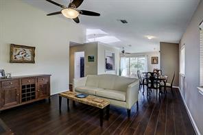 6406 Bayou Glen Condominiums Road, Houston, TX 77057