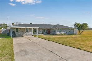 519 S Burnett Drive, Baytown, TX 77520