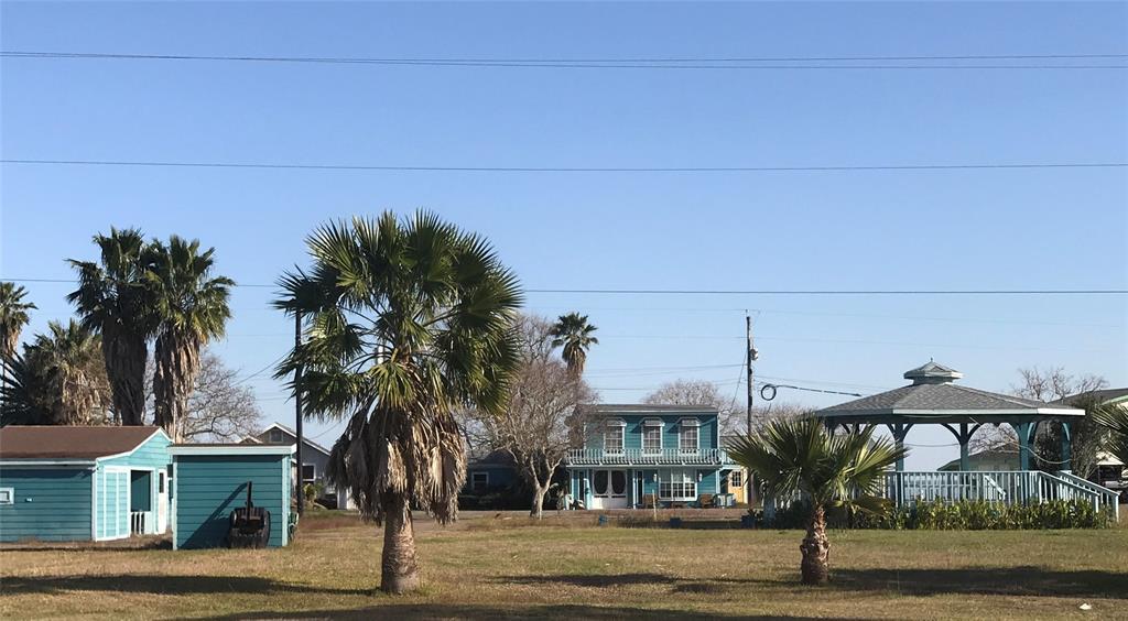 14 Marshall Johnson Avenue, Port Lavaca, TX 77979