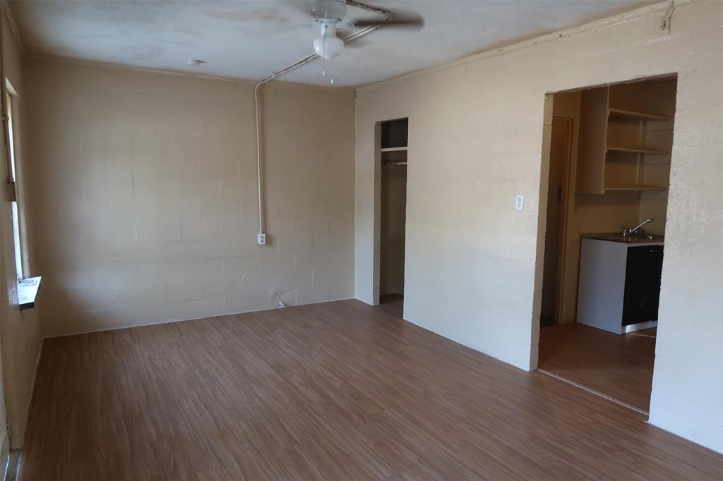 415 Beauregard St Street, Alvin, Texas 77511, 1 Room Rooms,1 BathroomBathrooms,Rental,For Rent,Beauregard St,49683696