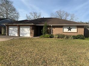 125 Dallas Street, Angleton, TX 77515