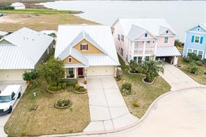 5013 Brigantine Cay Court, Texas City, TX 77590