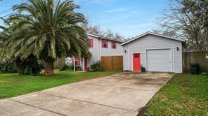 215 5th Street, Dickinson, TX 77539