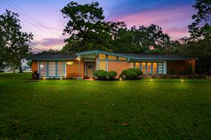 928 Magnolia, Lake Jackson, TX, 77566
