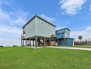 706 Todville Road, Seabrook, TX 77586