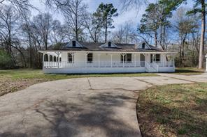 19766 Forest Drive E, New Caney, TX 77357