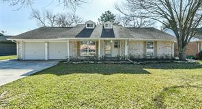205 Echo Avenue, Friendswood, TX 77546