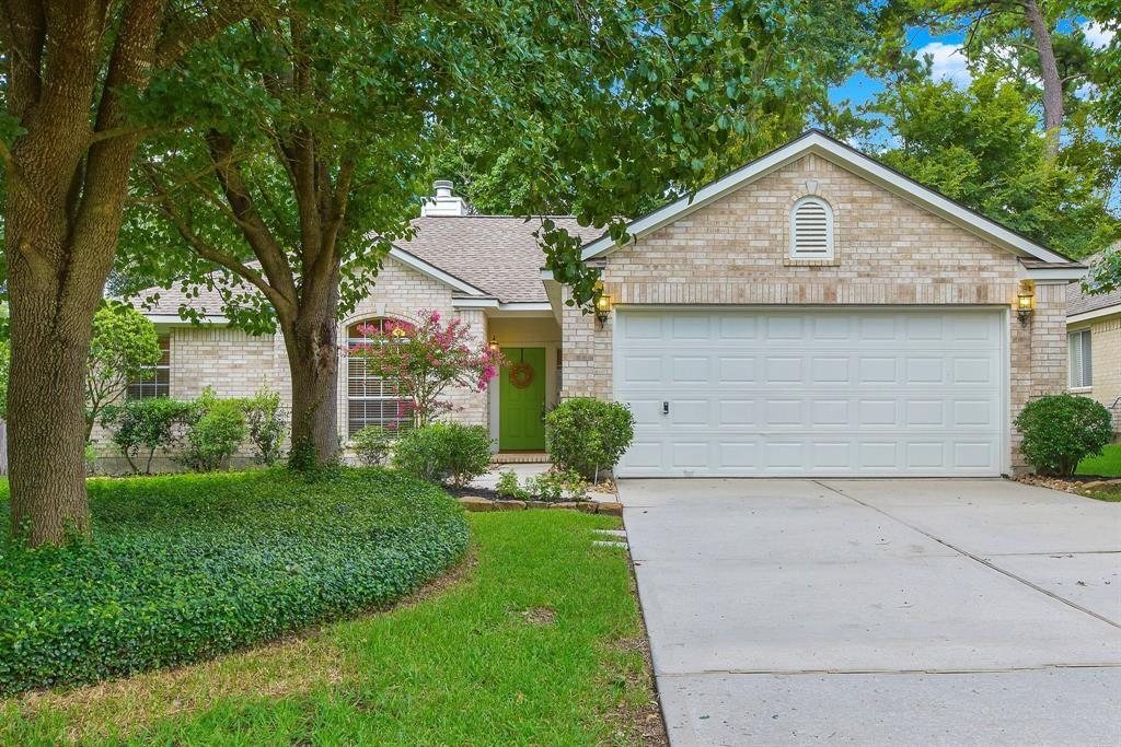 You must see this amazing home! Accent walls throughout, granite countertops, and a wonderful open floorplan. Great Woodlands location with a large fenced back yard. Ceramic tile, wood-looking flooring, recently updated throughout. Refrigerator and washer/dryer included. Lawn service can be added for an additional fee. Room dimensions should be verified by tenant.