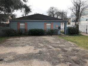 5925 Dolores Street, Houston, TX 77057