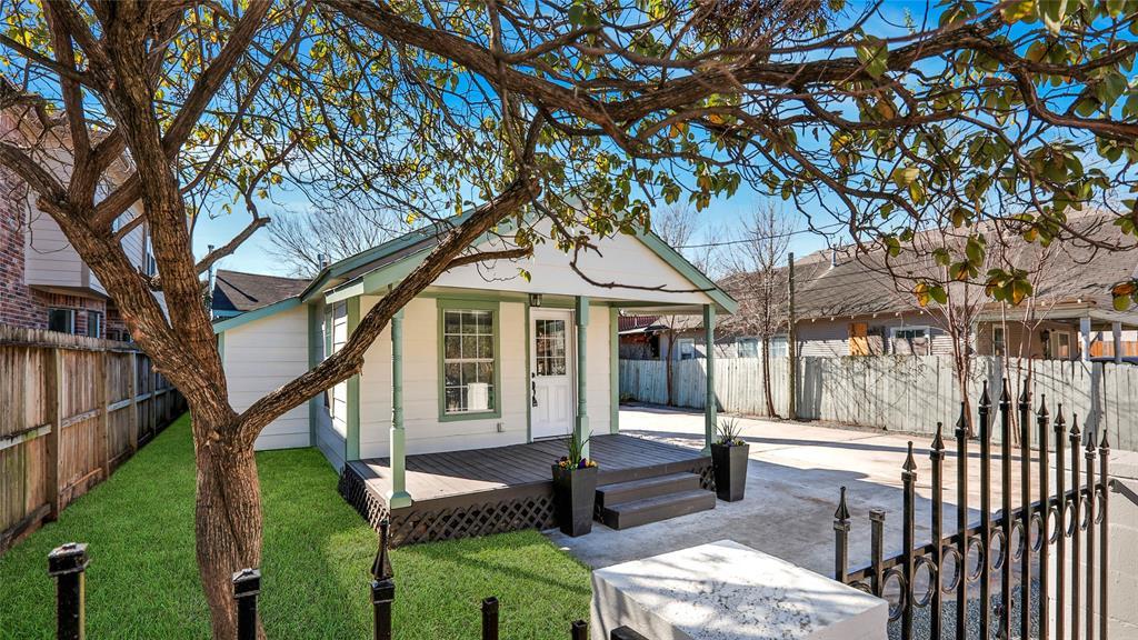 5227 Eigel Street, Houston, Texas 77007, 2 Bedrooms Bedrooms, 2 Rooms Rooms,2 BathroomsBathrooms,Rental,For Rent,Eigel,23801122