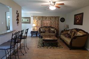 2905 Fannin Street, La Marque, TX 77568