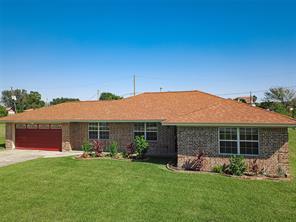 525 S Burnett Drive, Baytown, TX 77520