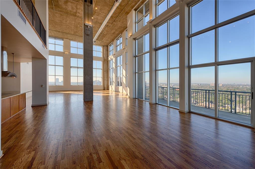 4899 Montrose Boulevard, Houston, Texas 77006, 3 Bedrooms Bedrooms, 5 Rooms Rooms,2 BathroomsBathrooms,Rental,For Rent,OTHER,Montrose,87968969