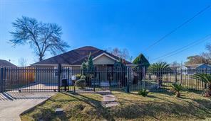 8004 Mendez, Houston, TX, 77029