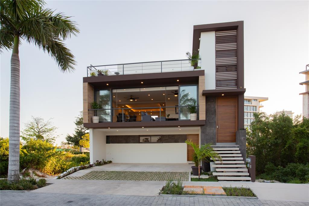 68 La Laguna, Puerto Cancun, Cancun,  77500