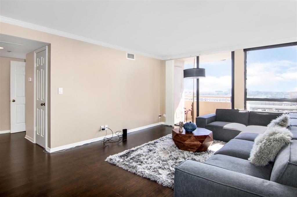 3525 Sage Road, Houston, Texas 77056, 1 Bedroom Bedrooms, 3 Rooms Rooms,1 BathroomBathrooms,Mid/hi-rise Condo,For Sale,3525 SAGE CONDOMINIUMS,Sage,27640976