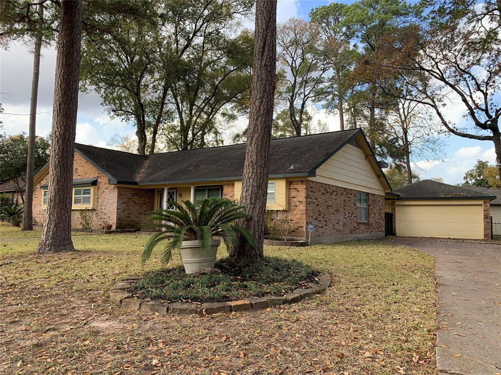 The neighborhood of Rivershire is blanketed in mature trees, a warm sense of community, only moments away from shops, eateries, plus  quick access to I45 /Woodlands/ Houston area.  The neighborhood offers a large pool, clubhouse and tennis courts. It is not unusual to see residents walking mornings and evenings. The floorplan incorporates 3 spacious bedrooms, 2 full baths, and a flex room that can be used as a study/library/ formal dining room. Plenty of storage throughout. Large kitchen with breakfast area.  Spacious living area that includes a fireplace to warm up by in the winter. In house laundry room. Walk through the back door and be greeted by a large welcoming fully fenced back yard. Breeze way from home will lead to a double garage and an extra wide driveway. Come home to this cozy one story home.