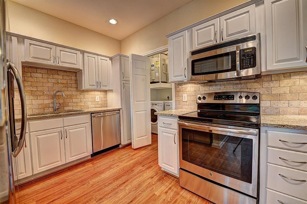 1919 Post Oak Park Drive, Houston, Texas 77027, 2 Bedrooms Bedrooms, 4 Rooms Rooms,Rental,For Rent,Post Oak Park,5508485