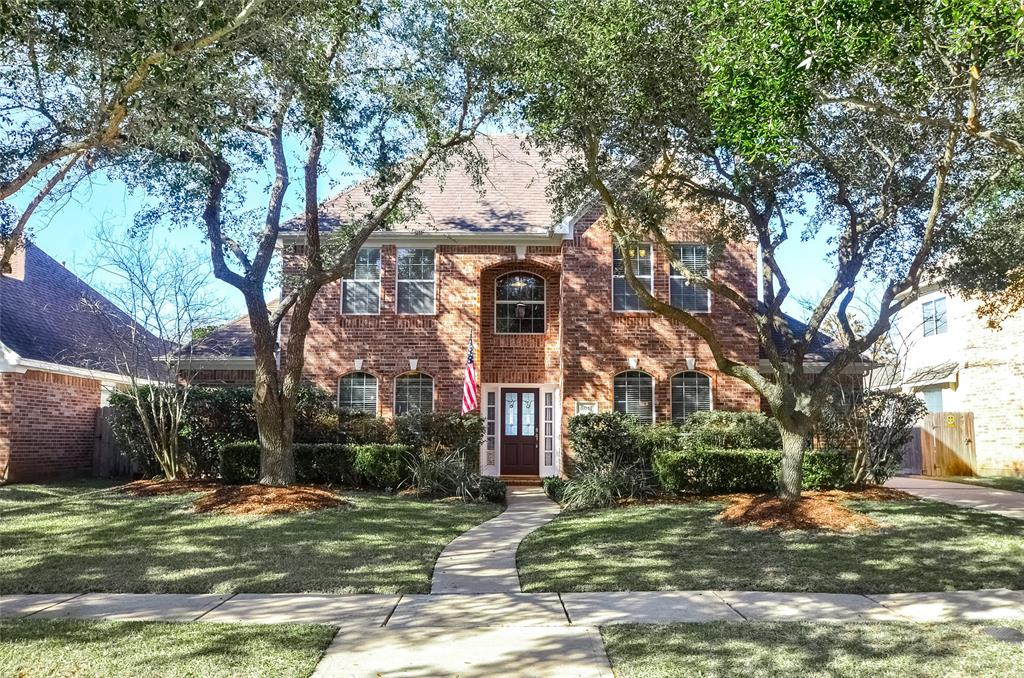 BEAUTIFULLY UPDATED 4/3.5 IN PECAN PARK.  LARGE ROOMS W/ LOTS OF NATURAL LIGHT.  BIG POOL THAT WAS JUST RESURFACED.  THIS WON'T LAST LONG.  ********OPEN HOUSE SAT., FEB. 27TH 1-3PM AND SUN., FEB. 28TH 1-3PM.*************  MULTIPLE OFFERS.  BEST AND FINAL DUE BY 5PM ON SUNDAY, FEB. 28TH.
