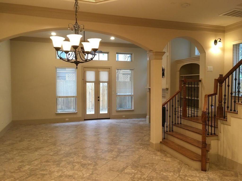 1514 Clay Street, Houston, Texas 77019, 3 Bedrooms Bedrooms, 3 Rooms Rooms,2 BathroomsBathrooms,Rental,For Rent,Clay,58349337