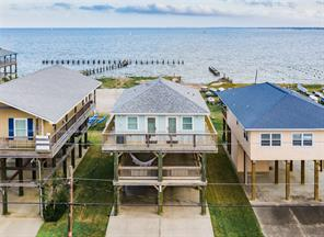 914 Todville Road, Seabrook, TX 77586