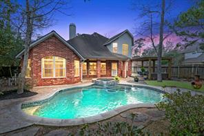 130 S Evangeline Oaks Circle, Conroe, TX 77384