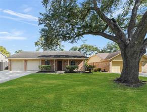105 Brigadoon, Friendswood, TX, 77546