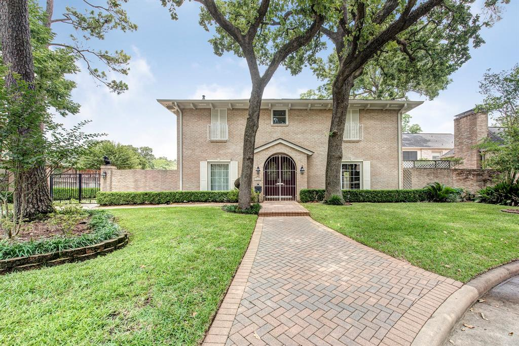 Beautifully remodeled home nestled in large cul-de-sac of sought-after Tealwood! Light & bright floorplan w/tons of storage!! Block paneled study w/built-ins, formal dining rm, cook's kitchen w/Viking gas cooktop, Bosch ss appl & Miele venthood & granite counter is open to breakfast; Family Rm features fireplace & 3 double doors to access pool or courtyard! Upstairs offers master suite w/elegant bath complete w/two custom closets, granite, sep shower & tub; 3 spacious bedrms each w/walk-in closets; 2 addtl baths –en-suite for 4th bedrm renovated in '16. Air ducts up replaced '11, water supply pipes replaced w/copper from meter '12, kitchen renovated '13, roof & gutters '14, wood floor up '16, security cameras w/digital recording '16, wood-look porcelain tile floor dwn '19, Gigabit data network cabling & wired for AT&T Fiber internet '19. Sparkling pool finished w/WetEdge Technology & travertine coping '19, courtyard w/large patio, & gated driveway w/extra parking! All info per Seller.