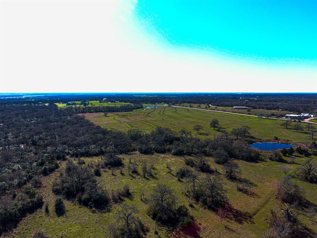 Centrally Located Tract in College Station ISD College Station Independent School District Located at the corner of Hopes Creek Rd and North Dowling Rd Electric and water in place Close proximity to nearby retail, restaurants, and Texas A&M University