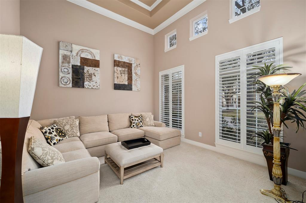 Immaculate 5 bedroom home in the gated Royal Oaks CC community! Open concept design features a formal living,  a high ceiling study/office, a divine formal dining with a charming butlers pantry. Magnificent granite island kitchen with planning station opens beautifully to the family room. Glorious Master Suite features his & her walk-in closets. Expansive family/game room & 5 bedrooms upstairs with many windows (customized plantation shutters) and tons of natural light. This well-appointed home has a resort-like ambiance with sparkling pool, spa & rock waterfall! All furniture are available for sale! Video Link - https://youtu.be/wX6dHeekQfU