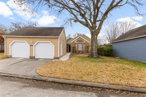16814 Dale Oak Way, Houston, TX 77058