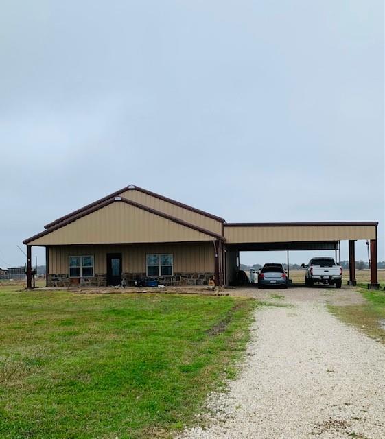 17877 County Road 207, Angleton, TX 77515